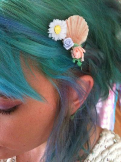 Blue green hair flower seashell hairclip hair for Seashells for hair