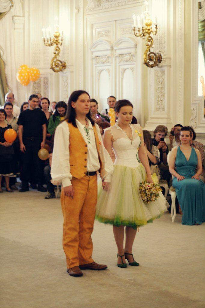 fZpYjKjONsk.jpg (682×1024)