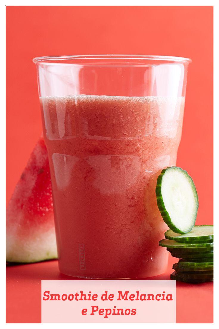 Este smoothie ultra refrescante é cheio de vitamina C, graças à melancia. Mantenha pedaços de melancia no seu freezer para poder fazer o smoothie a qualquer hora.