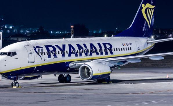 Elenco dei voli Ryanair cancellati | Passeggeri avvisati anche via mail ed sms ma non basta. C'è l'esposto dell'associazione consumatori..