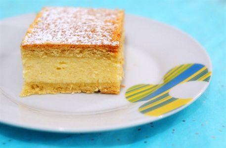 Romanian cheesecake