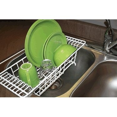 kitchen sink dish drainers closetmaid 3921 00 the sink dish drainer 5700