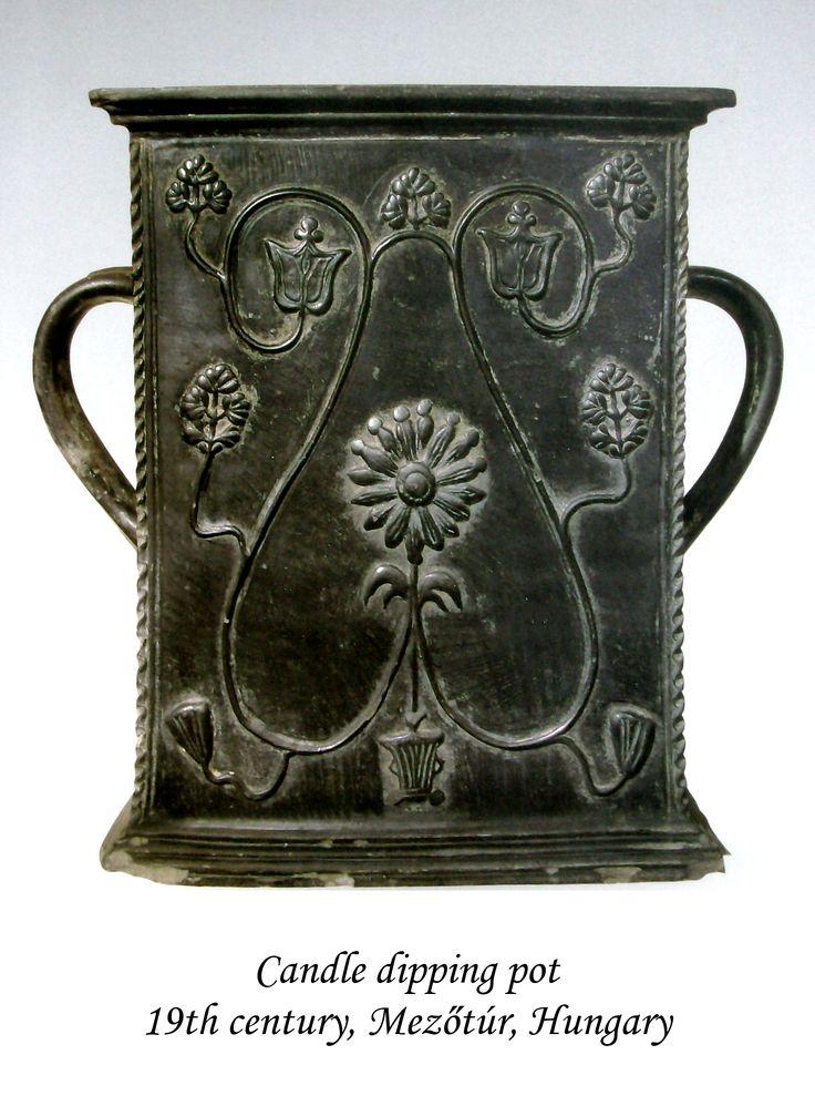 Candle dipping pot 19th century, Mezőtúr, Hungary.  Gyertyamártó edény 19. század első harmada, Mezőtúr, Magyarország.