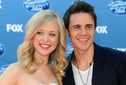 Kris Allen was injured in a New Year's car accident -- and has announced his wife Katy is pregnant with their first child.