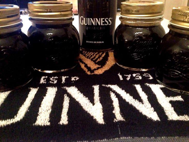 Gelatina Guinness http://blog.giallozafferano.it/cookingtime/gelatina-alla-guinness/