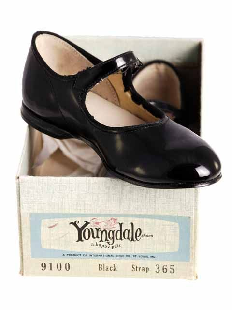 1950 S Black Patent Leather Mary Janes Standard Issue In