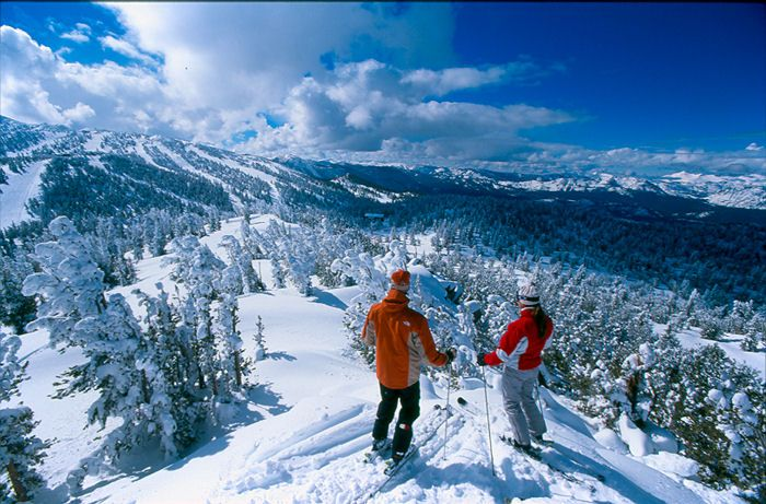 South Lake Tahoe ski resorts draw people from all over world to experience the beauty of Lake Tahoe and the epic snow conditions that surround it.