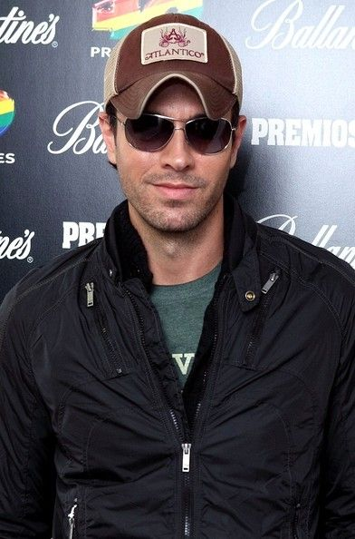Enrique Iglesias Photos - Enrique Iglesias Promotes His New Album - Zimbio