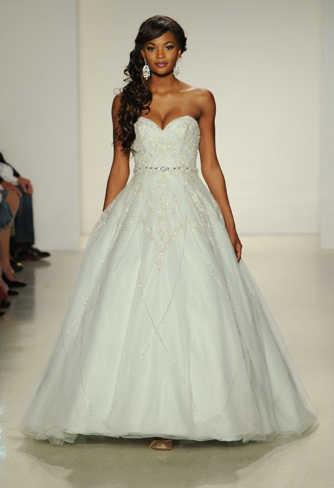 10  ideas about Alfred Angelo Wedding Dresses on Pinterest ...