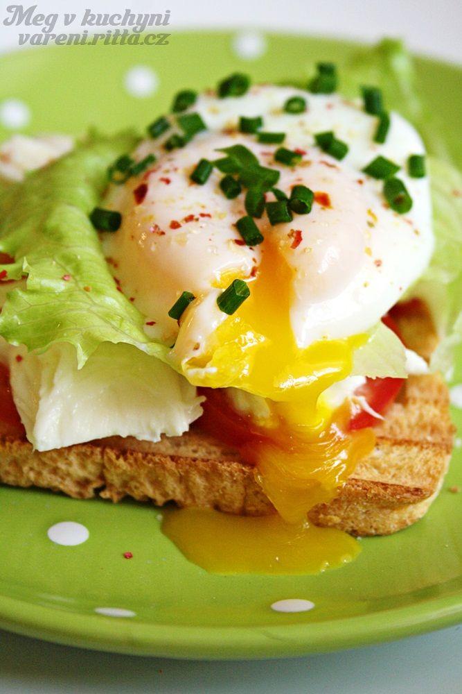 Ztracené vejce na toastu