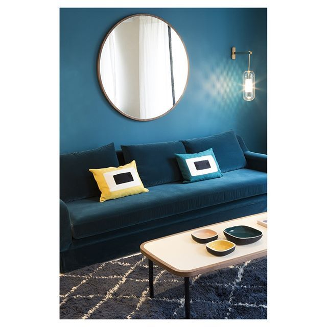 les 25 meilleures id es de la cat gorie miroir infini sur pinterest table miroir infini. Black Bedroom Furniture Sets. Home Design Ideas