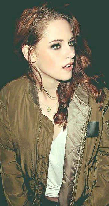 Kristen Stewart - HOLY CRAP!!