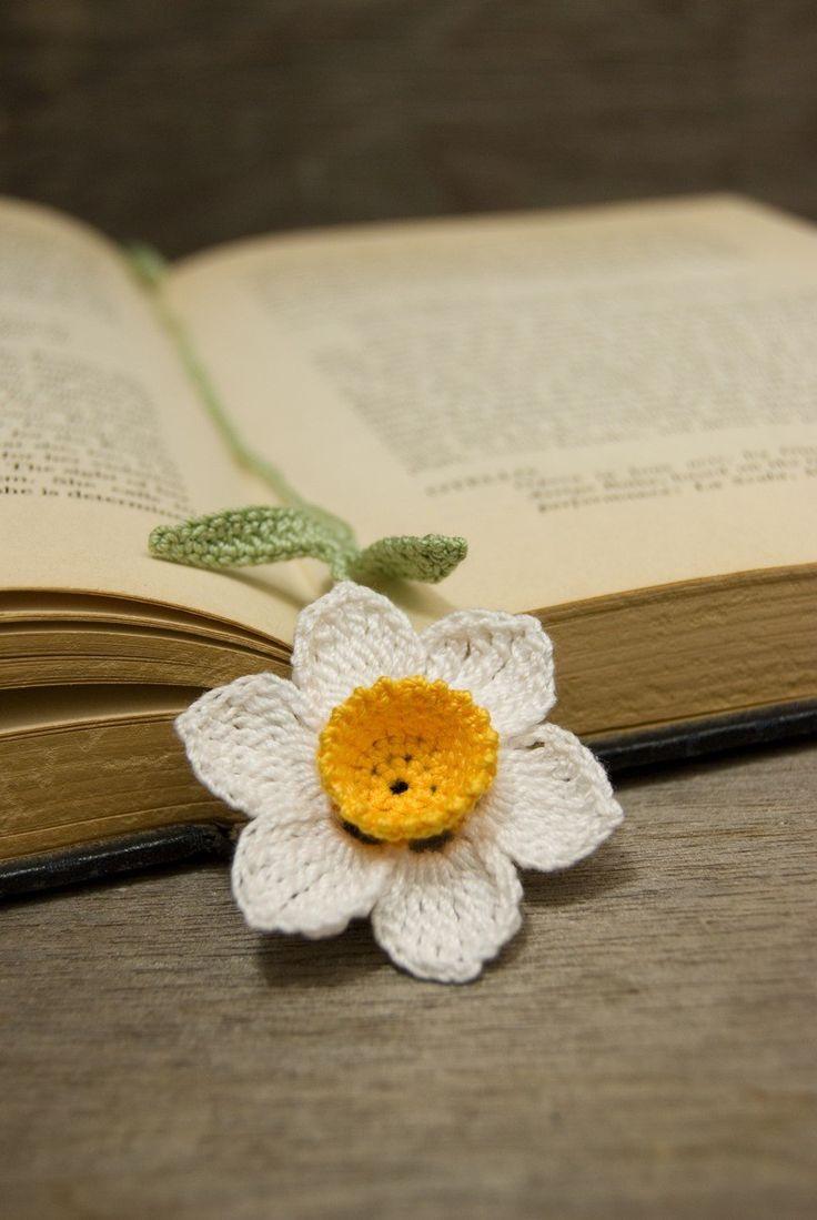 Handmade Crocheted Flower Bookmark White Daffodil With Orange Center
