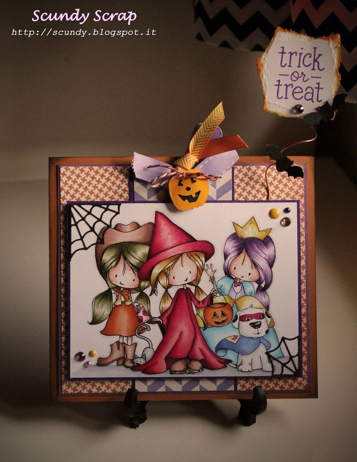Scundy Scrap and Handmade: Waiting for Halloween