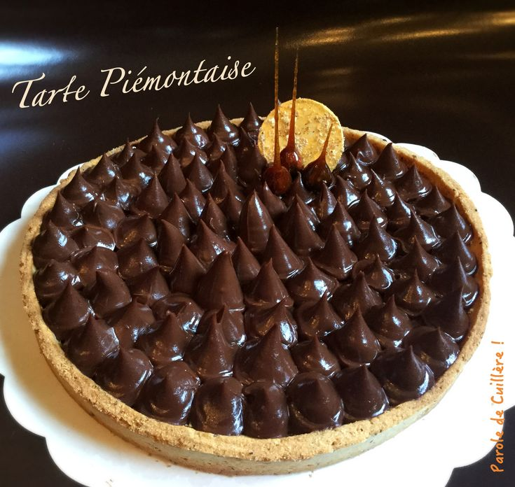 Tarte Piémontaise noisettes et chocolat noir