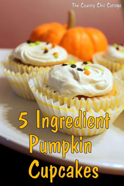 5 ingredient pumpkin cupcakes with #coolwhipfrosting from The Country Chic Cottage
