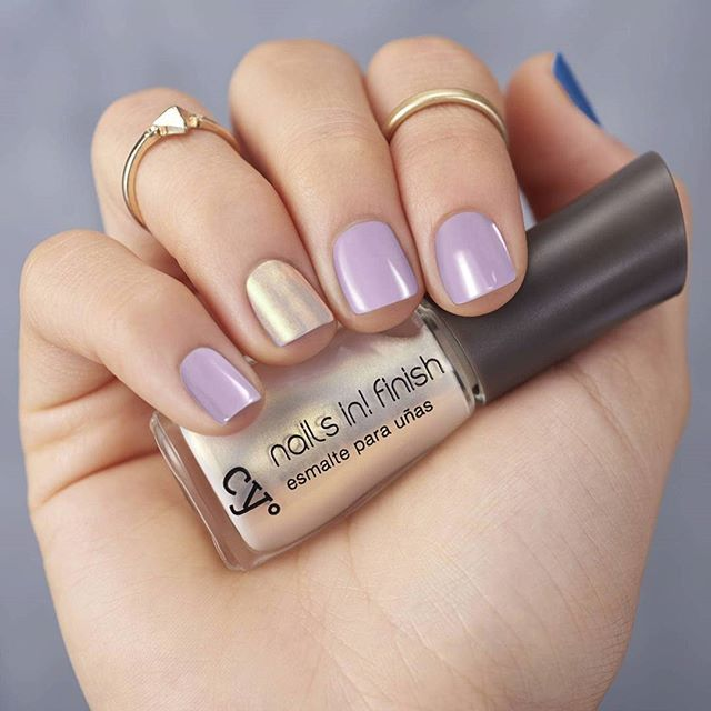 Que tus uñas griten que el fin de semana ya llegó!  #NailsIn #nails…
