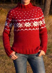 """Ravelry: 114-28 Jumper in """"Eskimo"""" with raglan sleeves and Norwegian pattern pattern by DROPS design"""