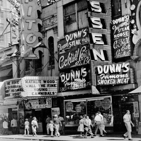 Montreal, Dunn's Delicatessen & Jazz Parlour, c 1960