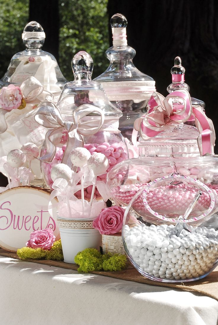 Candy bar. The most favorite part. A amazing way to sweeten your night up.