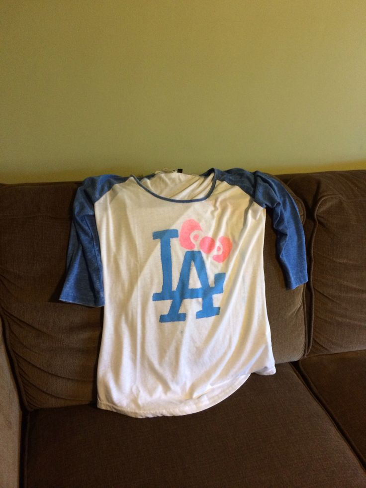 LA dodger shirt , HK bow