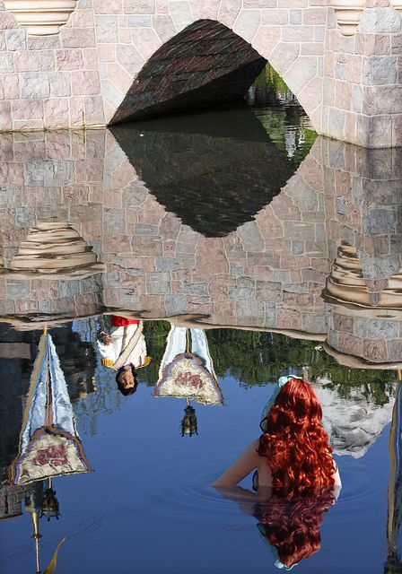 Ariel and Prince Eric in the Disneyland Waters