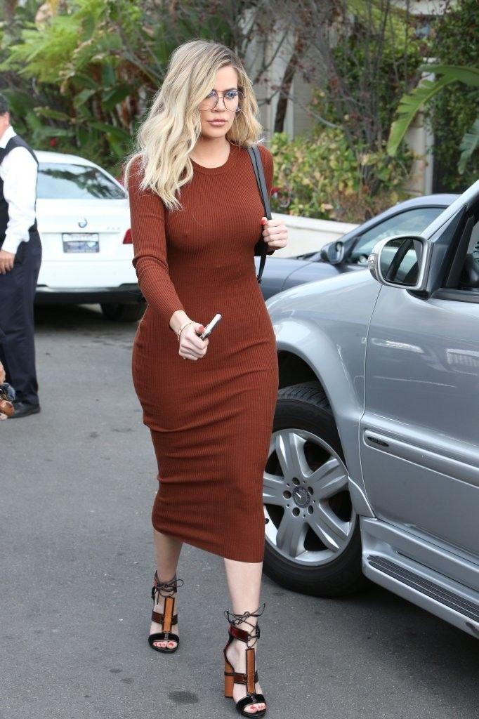 Street Style: Khloe Kardashian - Stylish Starlets