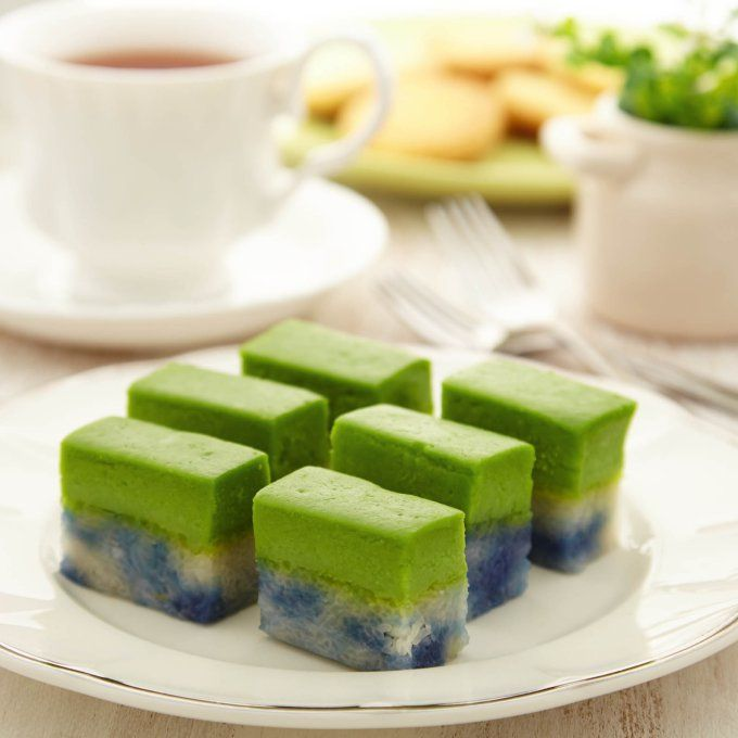 May we present a classically Malaysian sweet treat: it's our humble addition to the Kuih Seri Muka recipe. If you're looking for a Malaysian and Nyonya kuih delicacy, Seri Muka sets the standard as…