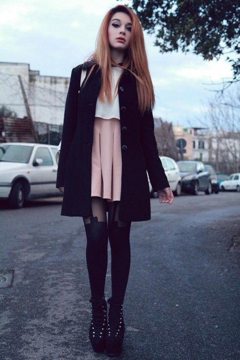 Vintage never goes out of fashion! #tights #vintage #lookbook
