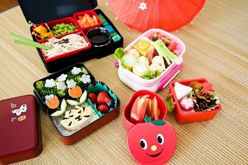 102 best lunch box ideas and recipes images on pinterest bento ideas fun food and creative food. Black Bedroom Furniture Sets. Home Design Ideas