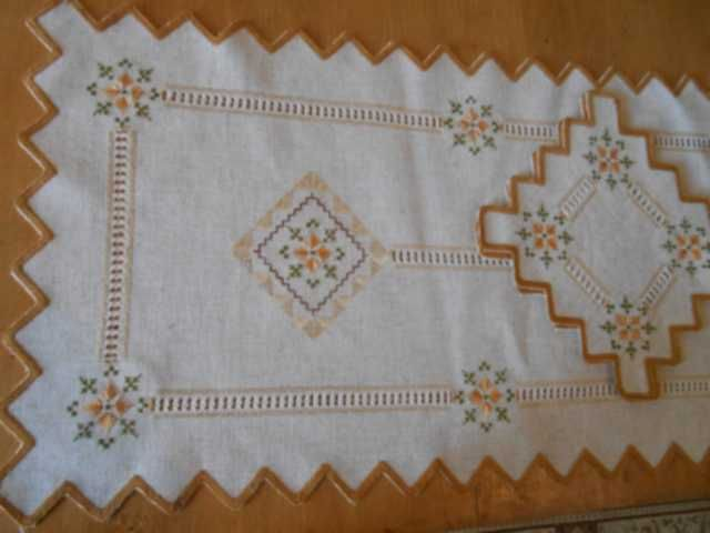 96 round tablecloth