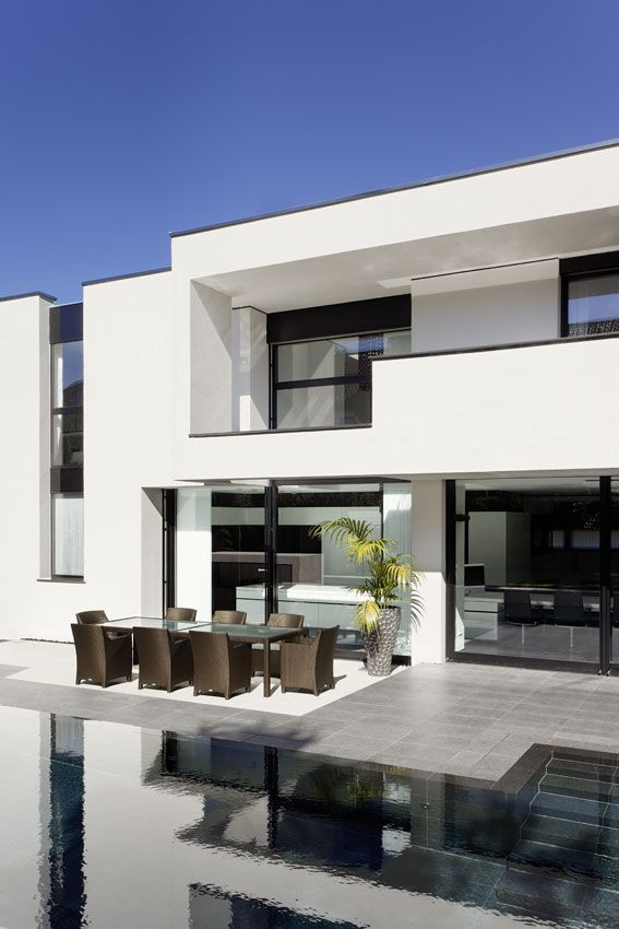 Casa Murano in Stuttgart by Architects LEE+MIR