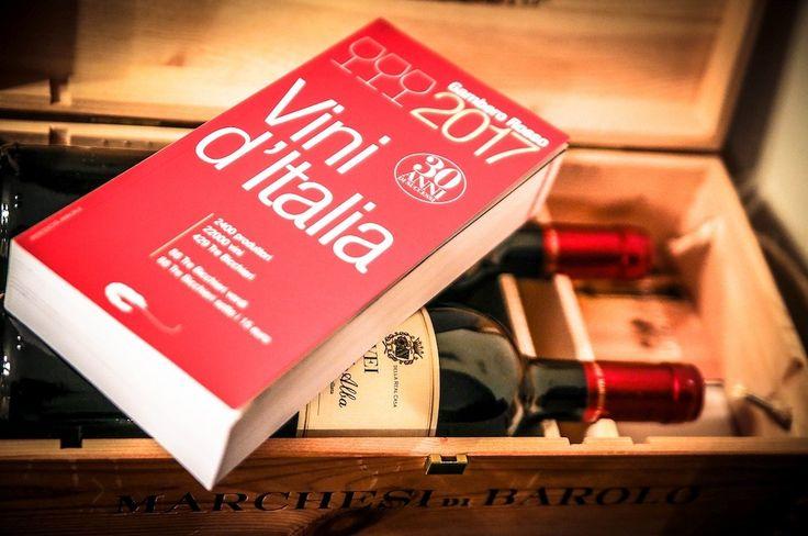 Polski rynek wina rozwija się dość dynamicznie i z każdym rokiem jego konsumpcja stale wrasta. Ostatnie dane wskazują, iż z roku na rok prognozowane są wzrosty importu tego trunku na poziomie 5-7%, a to oznacza, iż mamy większy dostęp oraz dużo większą świadomość. http://exumag.com/trzy-kieliszki-tre-bicchieri-w-sluzbie-wloskiego-wina/