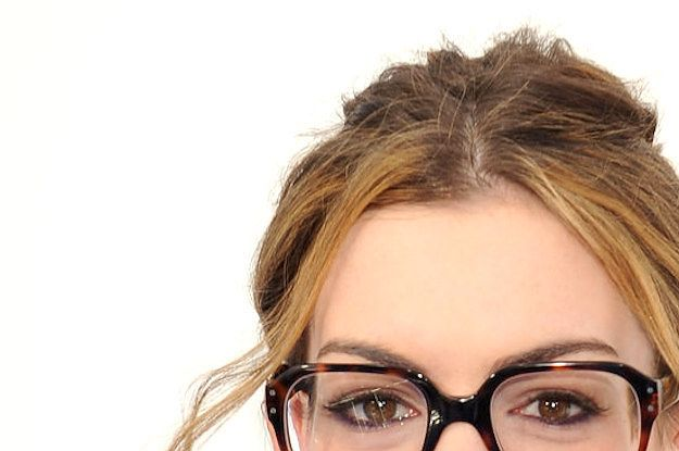 27 Celebs Who Took Their Glasses Very Seriously