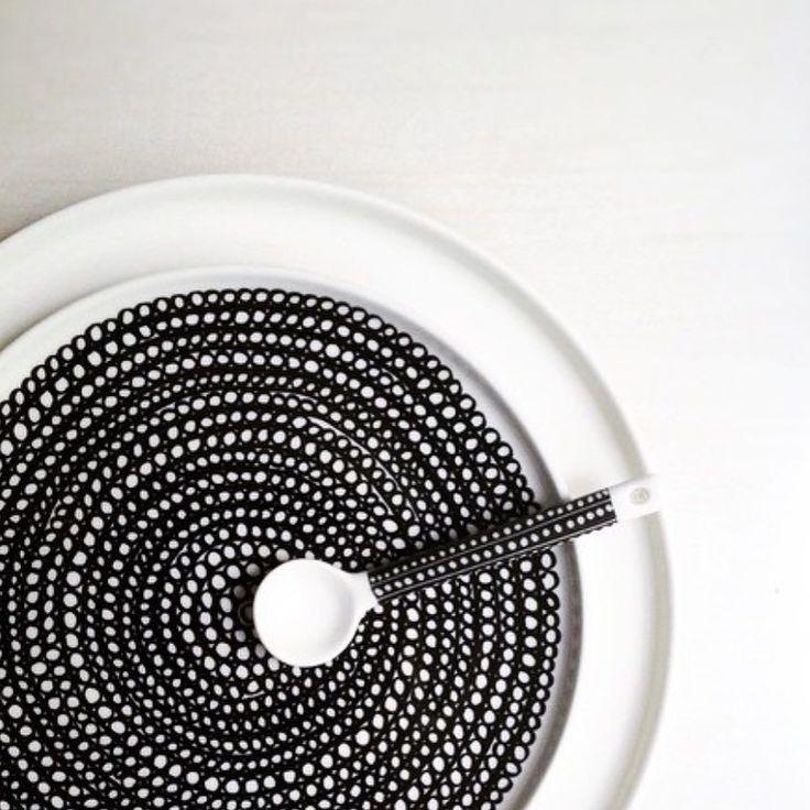 @fannymaen shot this beautiful simplicity. // #marimekko #marimekkohome #siirtolapuutarha #regram // Siirtolapuutarha plate by marimekkodesignhouse