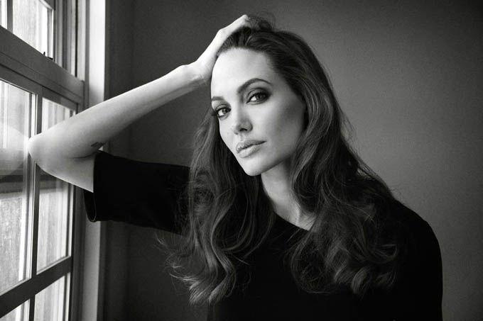 (Angelina Jolie). Фотографировали актрису Мерт и Маркус (Mert & Marcus)
