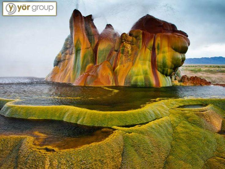 #KeşfetRahatla Fly Geyser, Nevada sadece 12 feet genişliğinde ve 5 feet yüksekliğindeki tuhaf sütunlu bir doğal yapı.