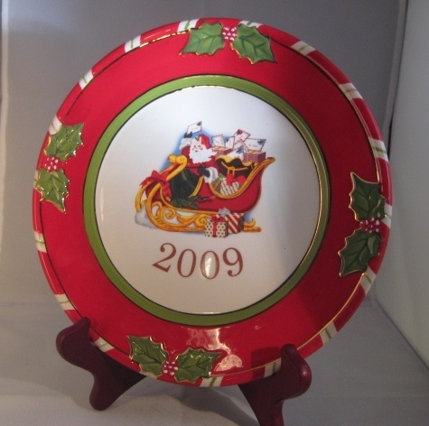 151 best collector plates images on pinterest dishes for Christopher radko letters to santa dishes
