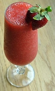Non-Dairy Strawberry Smoothieredients:    1 cup strawberries  1/4 cup water  4 ice cubes  1 Tbsp honey