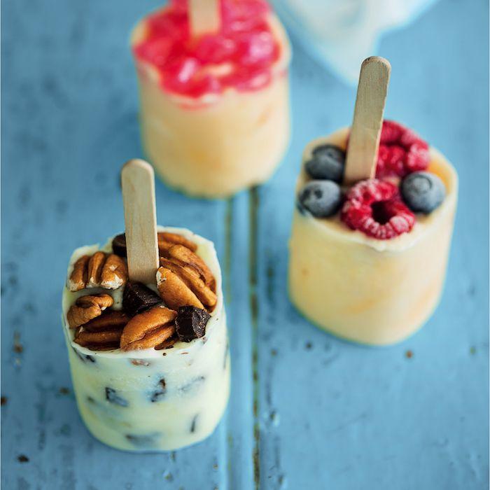 Frozen fruity pops