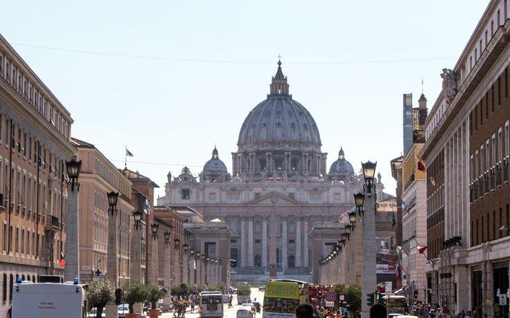 Besuch im Vatikan ohne anstehen? Die beste Zeit, Tickets & Infos für Sixtinische Kapelle, Vatikanische Museen, Petersdom und Engelsburg ➤ Jetzt zu den Tipps