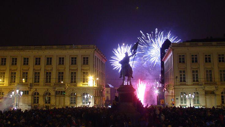Feu d'artifice - vuurwerk - fireworks 2004 © Fred Lion