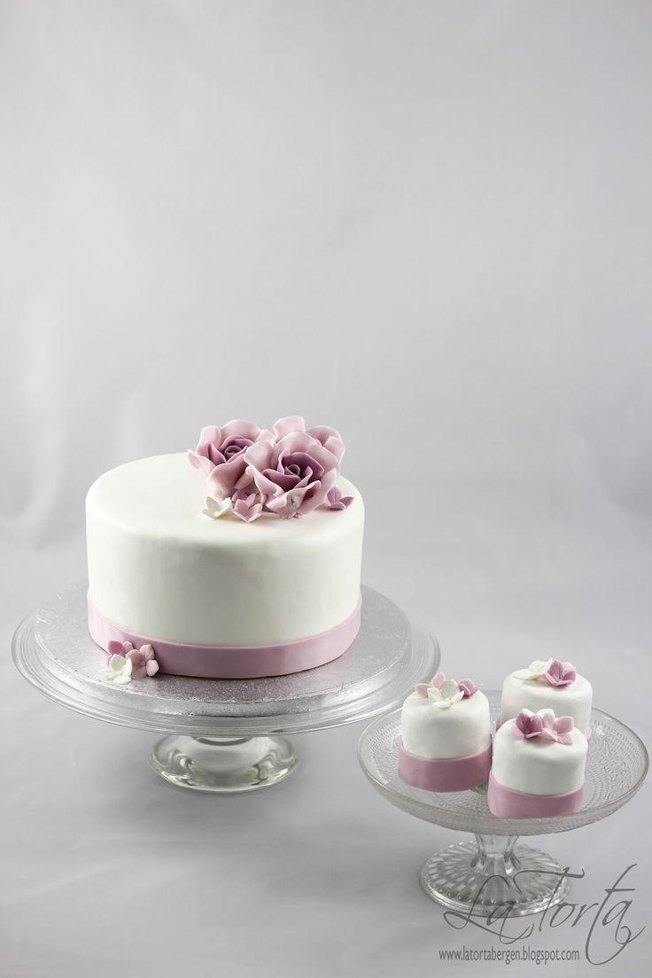 La Torta - unike kaker: Bryllupskake med 50 porsjonskaker