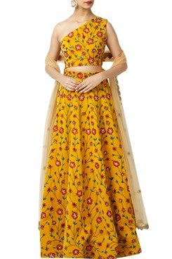 Buy Indian Designer Lehenga Online | Customized Wedding Lehengas Online