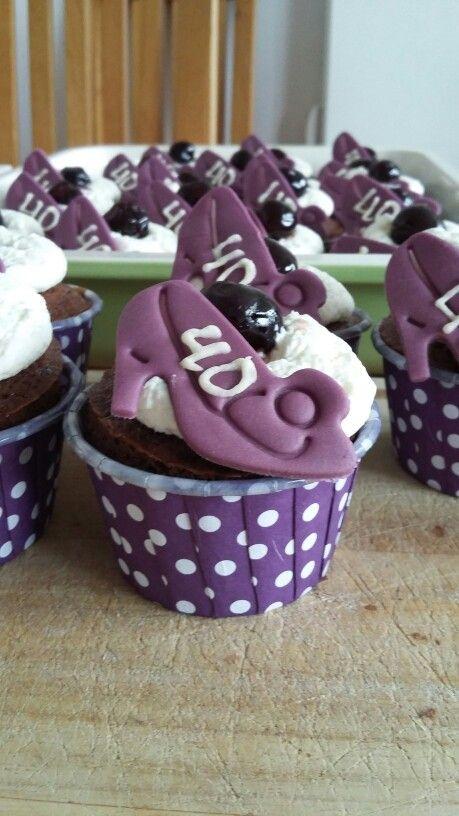 Schwarzwalder kirsch cupcake voor de veertigste verjaardag van mijn nicht