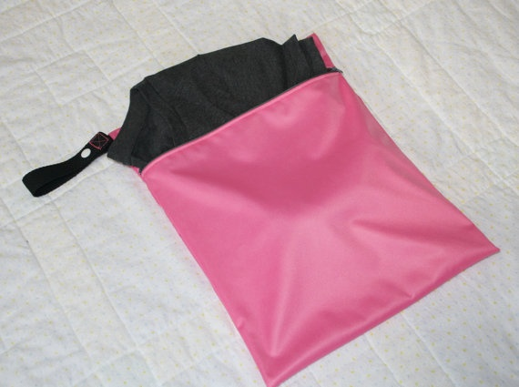 Ladies Gym Bag  11x14 Pink Wet Bag  Reusable Washable by WetBagIt, $12.99