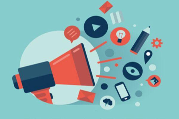 7 tactiques pour faire connaître un article de blog sur les médias sociaux et auprès des communautés avec lesquelles vous êtes en contact