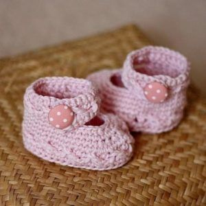 Baby Booties Pola Dot Mary Jane Pattern