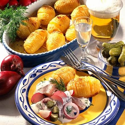 Schwedische Back-Kartoffeln mit Matjes Rezept | LECKER