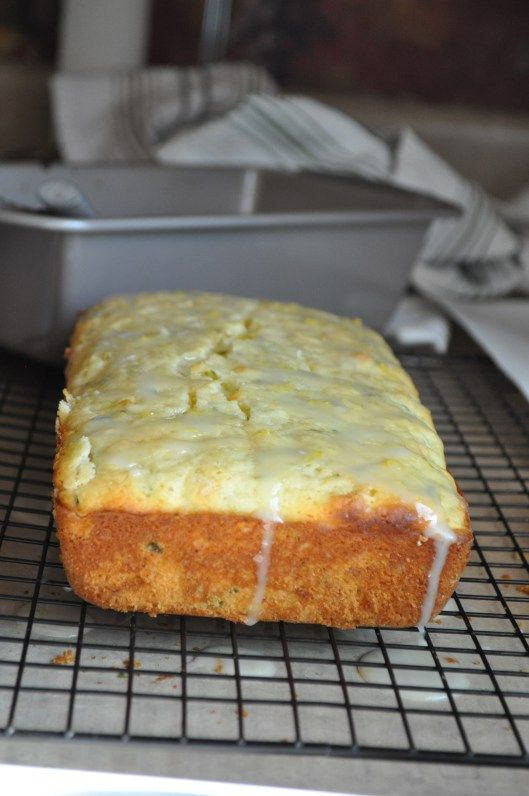 Lemon zucchini bread... Need to revamp and try this as a gluten free sugar free dairy free bread